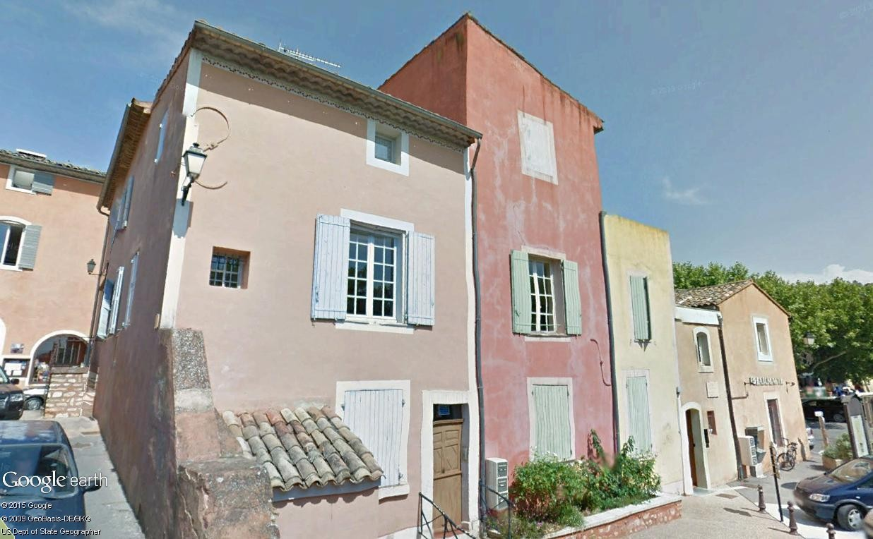 Les Plus Beaux Villages de France - Page 2 Roussi19