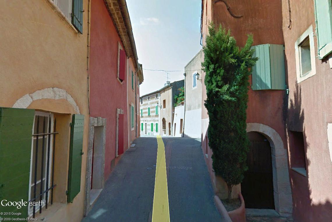 Les Plus Beaux Villages de France - Page 2 Roussi20