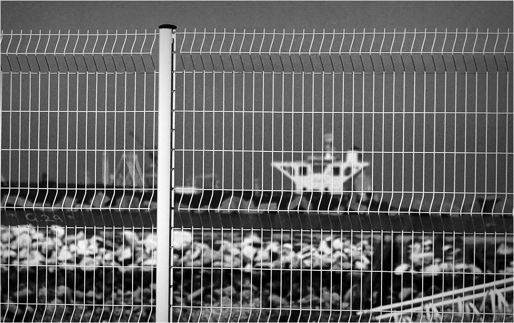 La cage aux bateaux.... Dsc05511