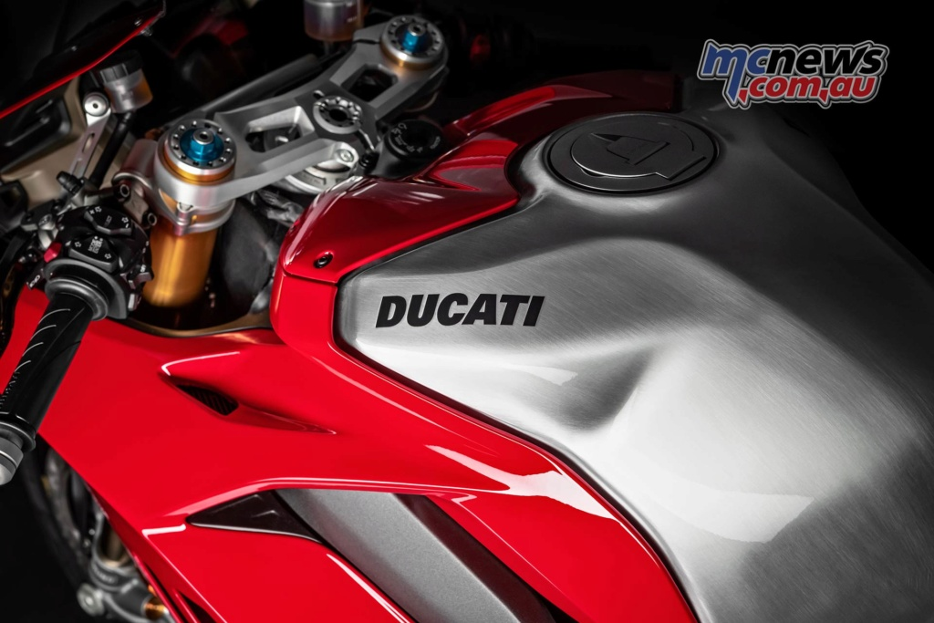 Ducati V4 - Page 13 2019-d11