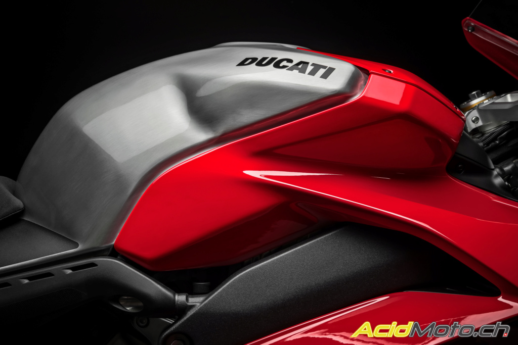 Ducati V4 - Page 13 40_duc10