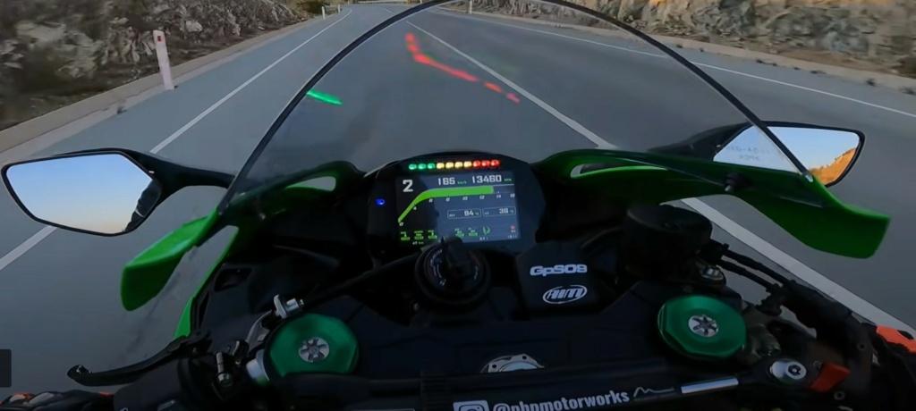 Kawasaki ZX10R 2021  - Page 3 Captur42