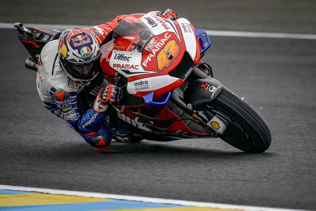 MotoGP Moto2 Moto3 2019  - Page 23 D63imj10