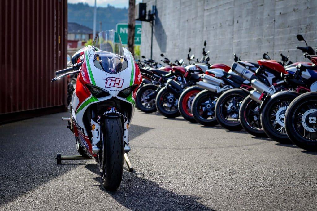 Ducati V4 - Page 15 Nicky-10
