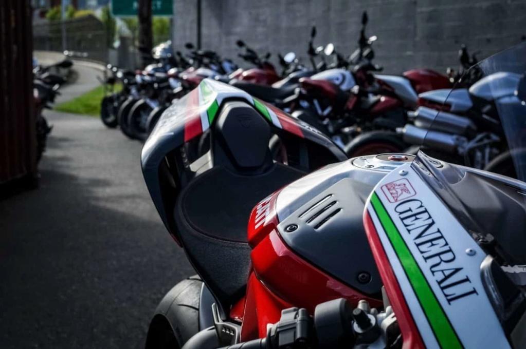 Ducati V4 - Page 15 Nicky-14
