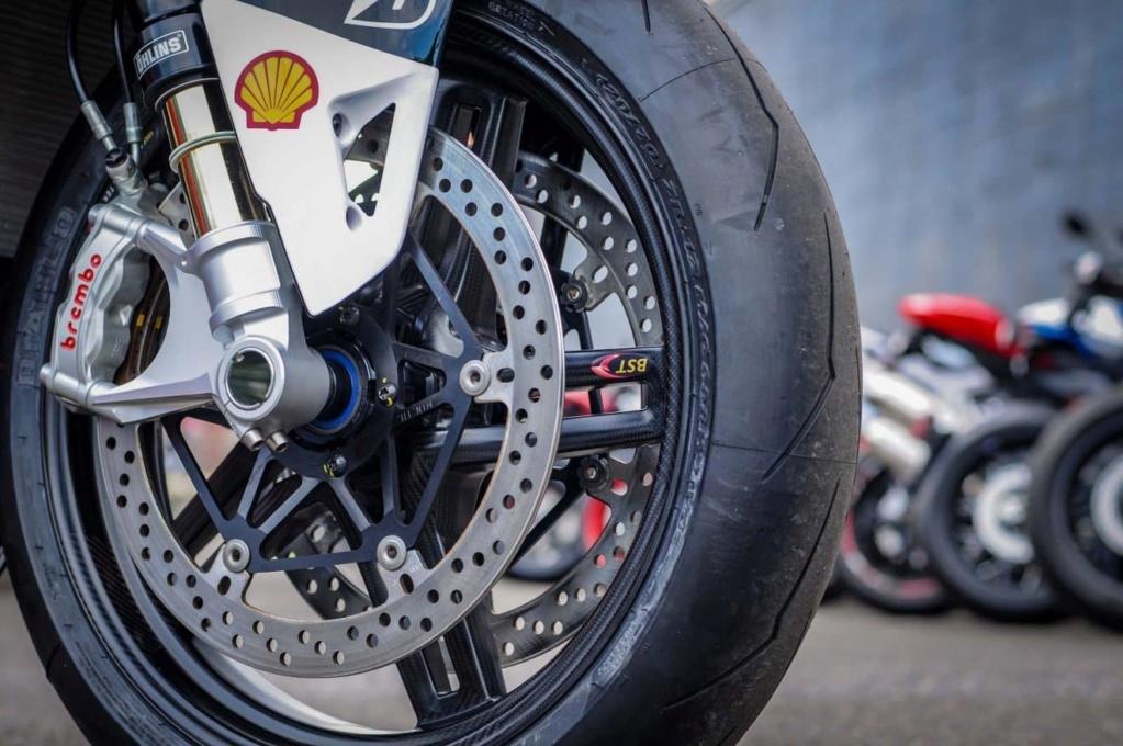 Ducati V4 - Page 15 Nicky-16