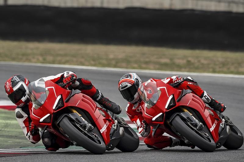 Ducati V4 - Page 14 Paniga10
