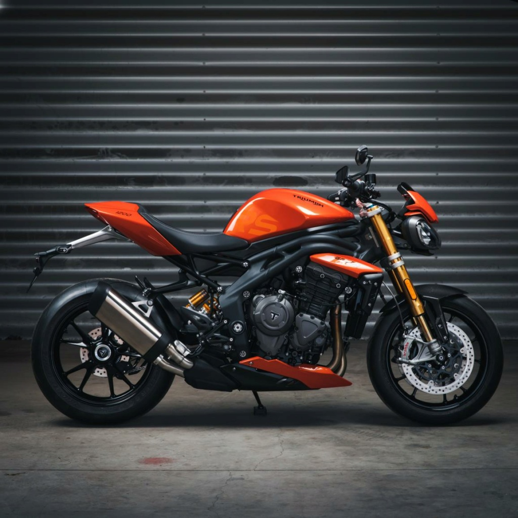 SPEED TRIPLE 1200 RS - Page 2 Photo-12