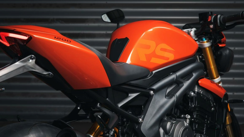 SPEED TRIPLE 1200 RS - Page 2 Photo-16