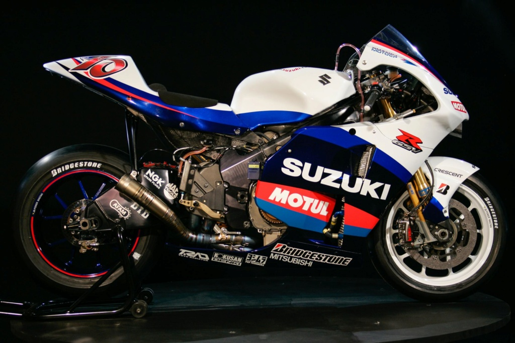 GSV/X R Story Suzuki13