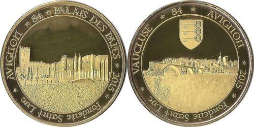 Avignon (84000) Luc210