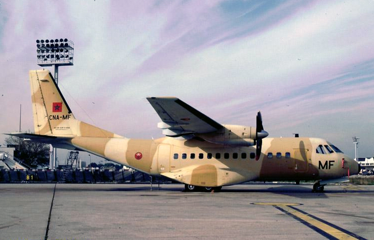 FRA: Photos d'avions de transport - Page 22 Clipbo82