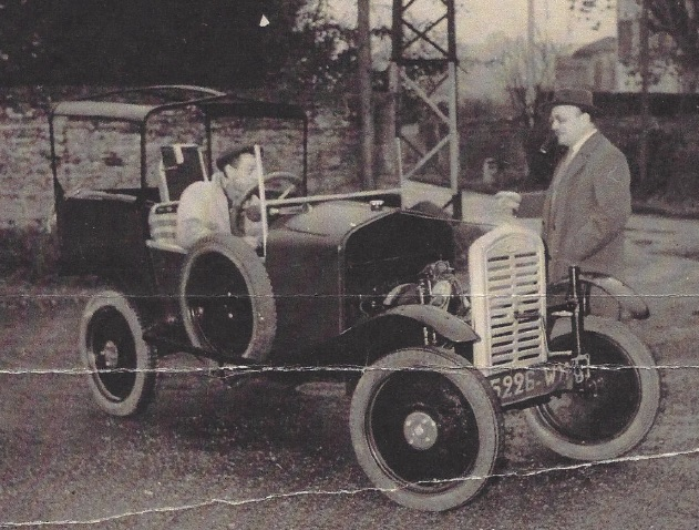 Cyclecar utilitaire - Page 2 Lafitt11