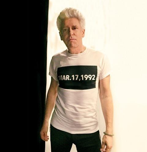 T-Shirt personalizzata da Adam Clayton al concerto degli U2 210