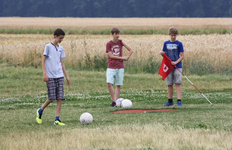 Saisonabschluss beim Fußball-Golf Img_5726