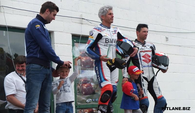[Road Racing] Open trophy Chimay 2015  Dscf0315