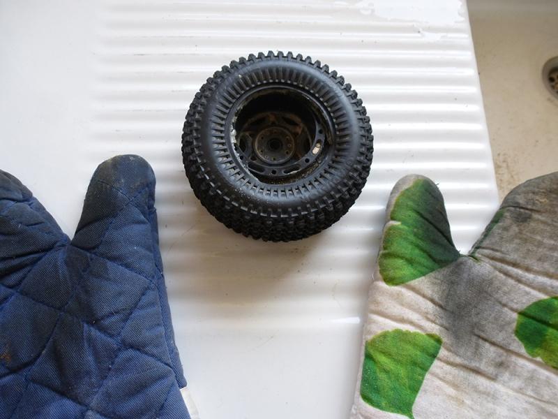 Comment démonter/décoller un pneu P1030910