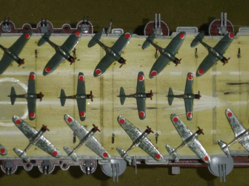 Position des avions sur P.A IJN Dsc01612