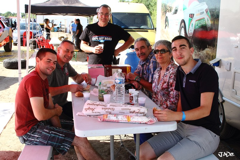 6 H de l'Orléanais 2015: les stands, l'ambiance ... Img_4712