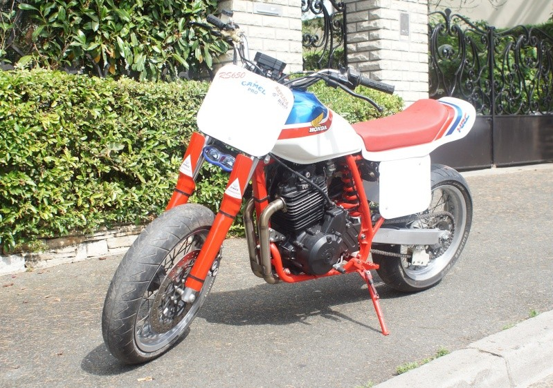 Street tracker Honda 650 RS Dsc02311