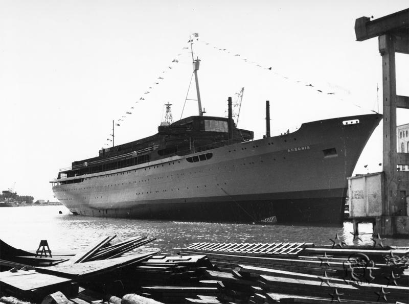 ' T/n Ausonia' - Adriatica - 1957 Aus_1010