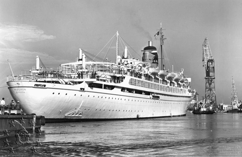 ' T/n Ausonia' - Adriatica - 1957 Aus_2611