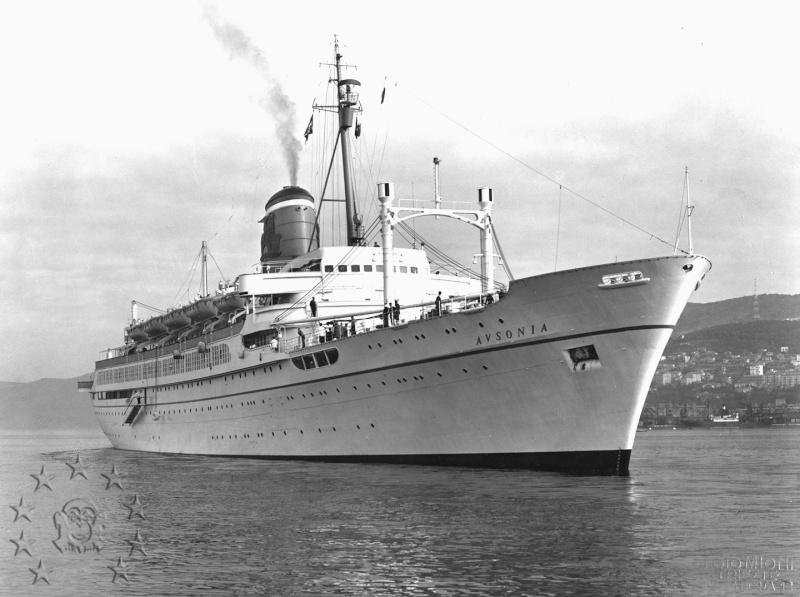 ' T/n Ausonia' - Adriatica - 1957 Aus_3510