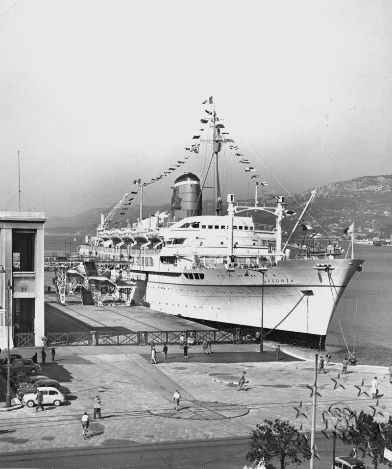 ' T/n Ausonia' - Adriatica - 1957 Aus_3610