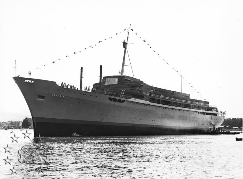 ' T/n Ausonia' - Adriatica - 1957 Aus_8a10