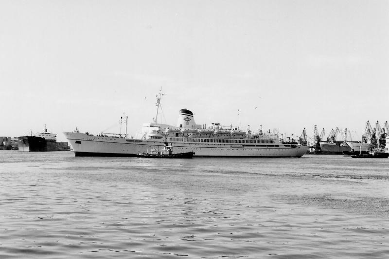' T/n Ausonia' - Adriatica - 1957 Nave_a10