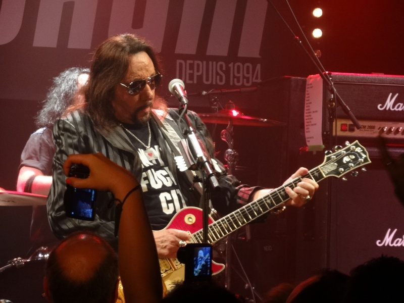 ACE FREHLEY  Dsc02514