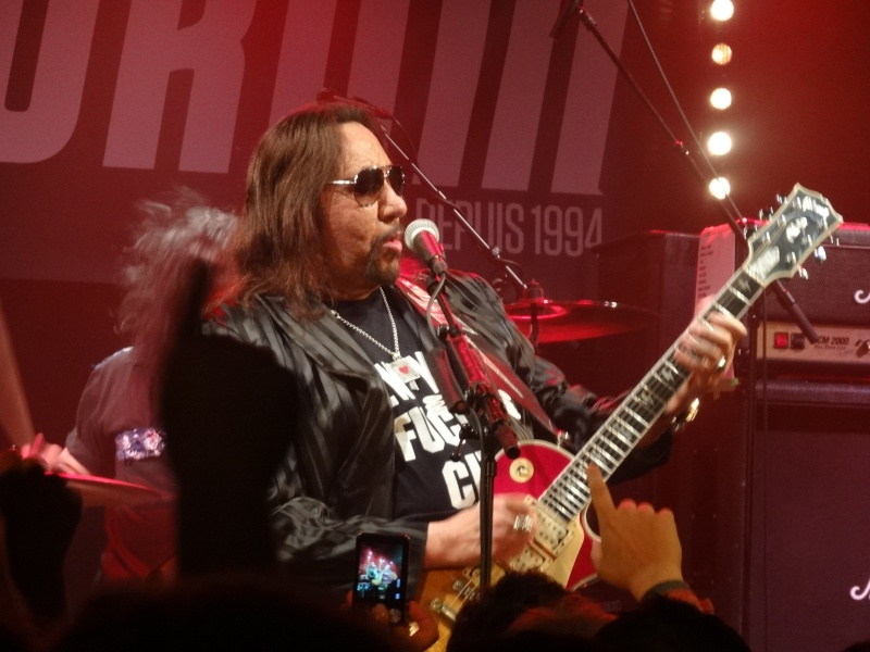 ACE FREHLEY  Dsc02515