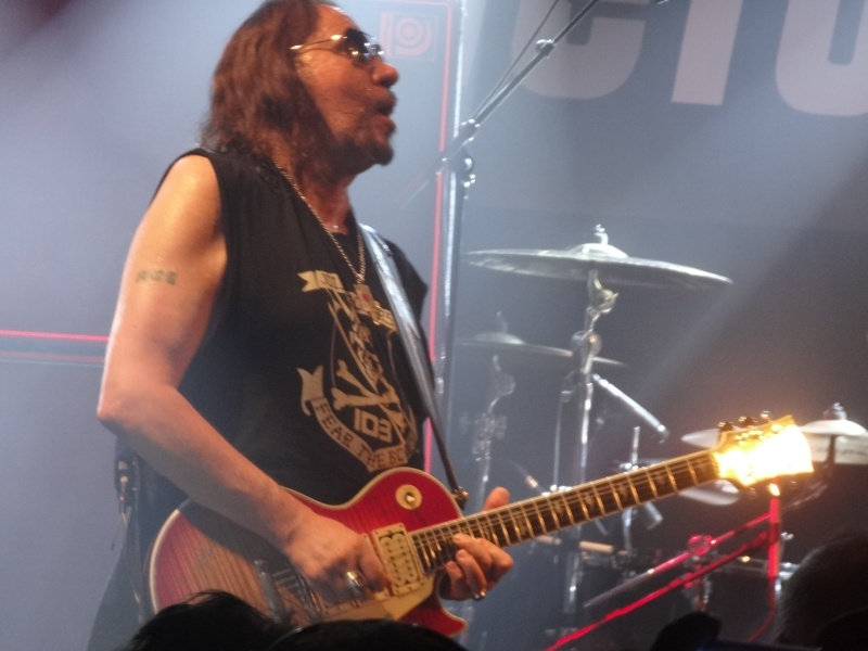 ACE FREHLEY  Dsc02616