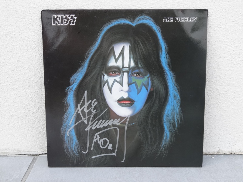 ACE FREHLEY  Dsc02620