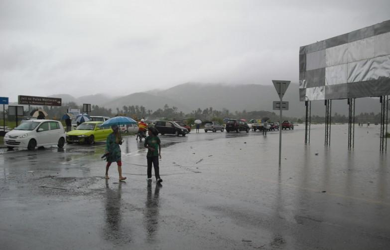Kota Belud banjir lagi .... 16/1/2010 Banjir24