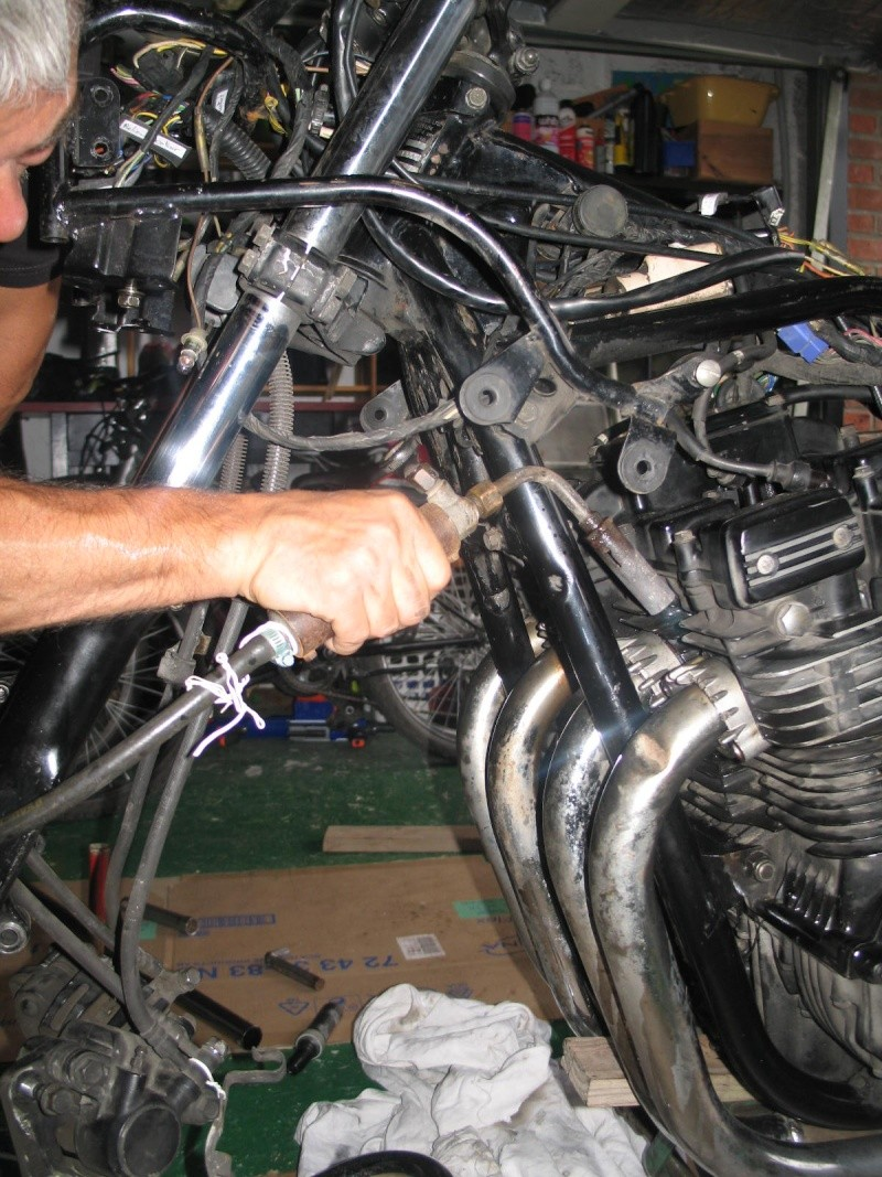 """PROJET MICHEL / PASCAL   1100 GSX """"of course"""" - Page 2 Img_0211"""