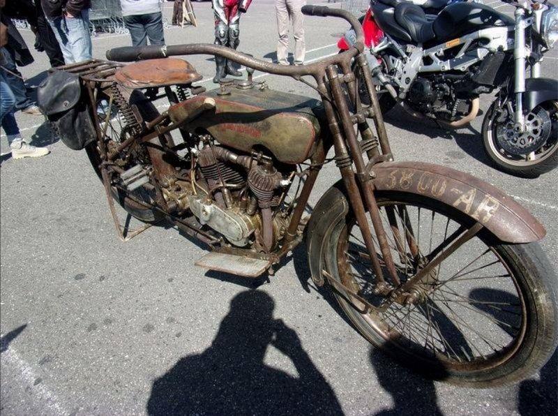 Les vieilles Harley....(ante 84) par Forum Passion-Harley - Page 2 Captu340