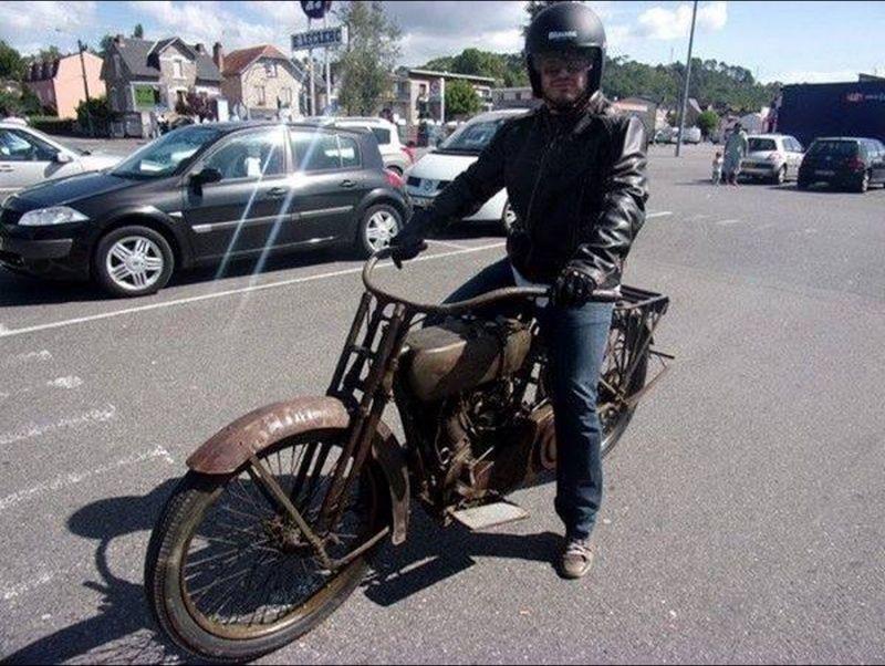 Les vieilles Harley....(ante 84) par Forum Passion-Harley - Page 2 Captu341
