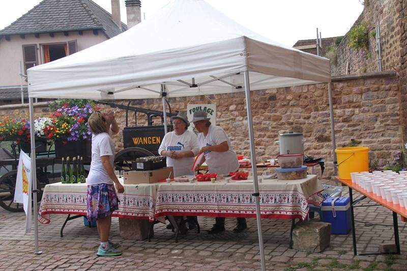 11 ème édition du Marathon du Vignoble d'Alsace et son passage à Wangen le 21 juin 2015 Img_8113