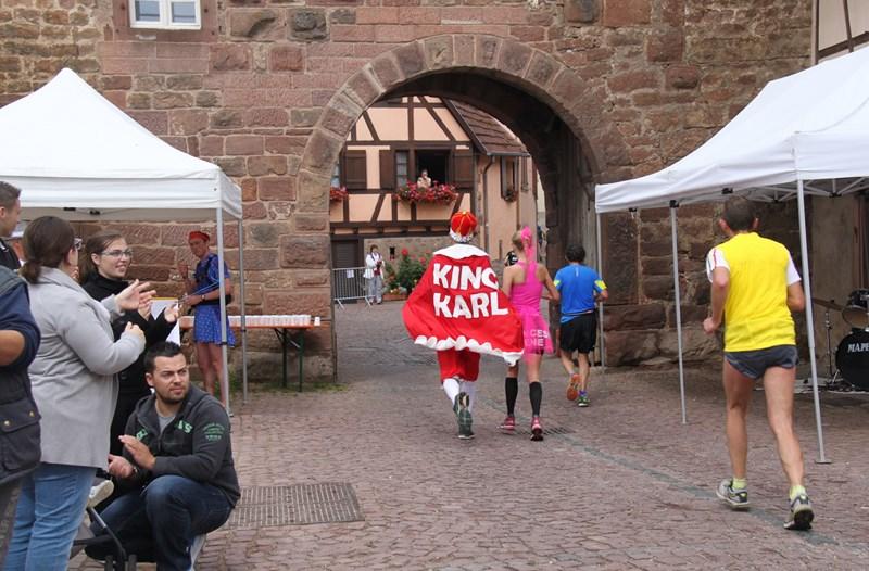 11 ème édition du Marathon du Vignoble d'Alsace et son passage à Wangen le 21 juin 2015 Img_8119