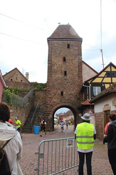 11 ème édition du Marathon du Vignoble d'Alsace et son passage à Wangen le 21 juin 2015 Img_8121