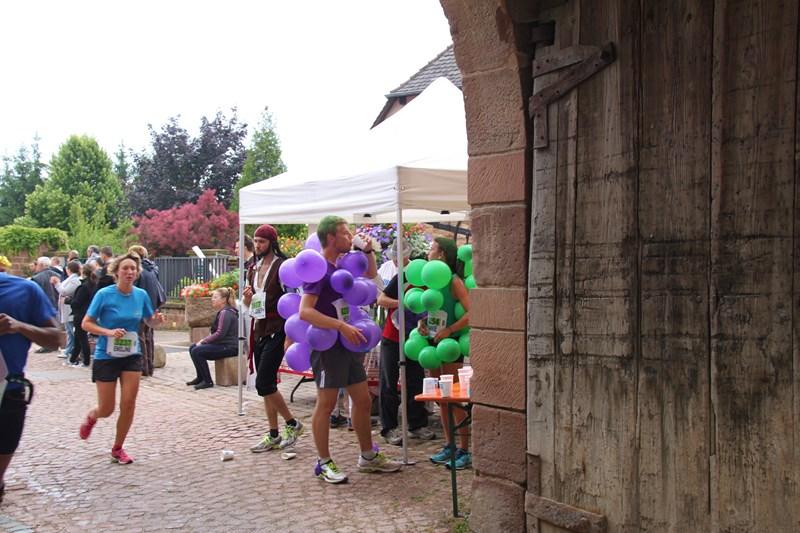 11 ème édition du Marathon du Vignoble d'Alsace et son passage à Wangen le 21 juin 2015 Img_8212