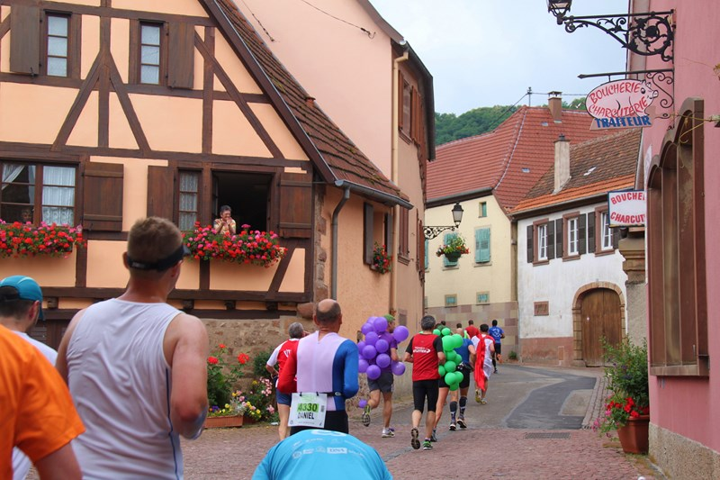 11 ème édition du Marathon du Vignoble d'Alsace et son passage à Wangen le 21 juin 2015 Img_8213