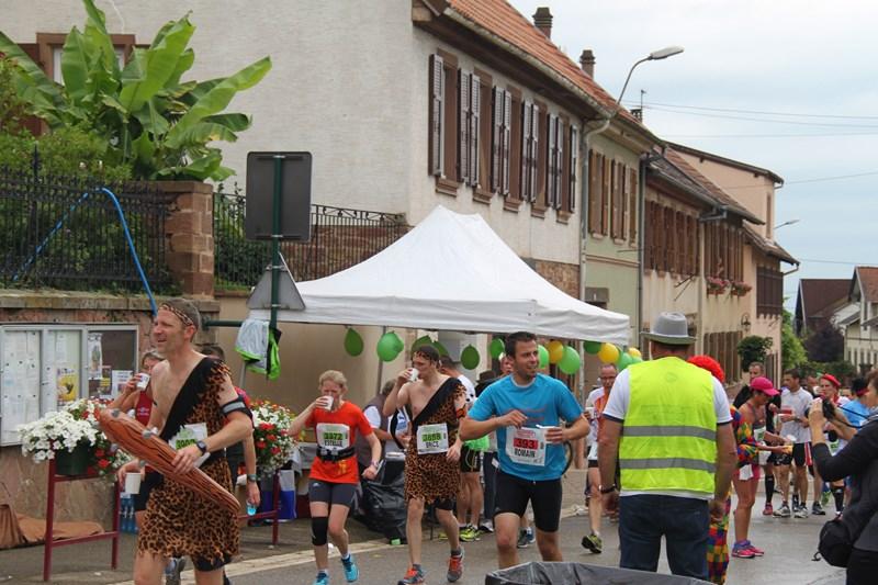 11 ème édition du Marathon du Vignoble d'Alsace et son passage à Wangen le 21 juin 2015 Img_8216