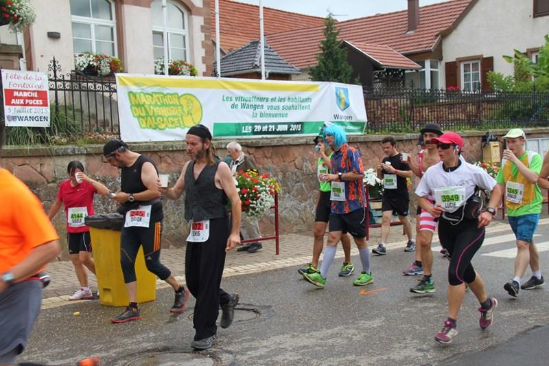 11 ème édition du Marathon du Vignoble d'Alsace et son passage à Wangen le 21 juin 2015 Img_8220