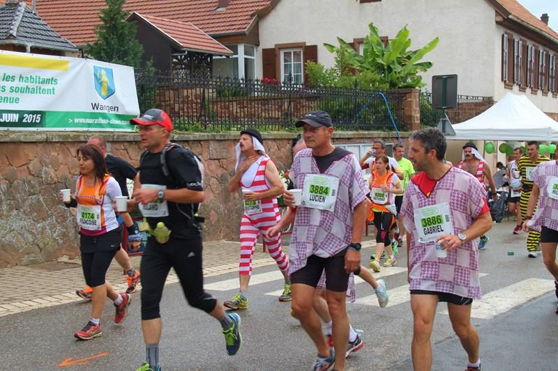 11 ème édition du Marathon du Vignoble d'Alsace et son passage à Wangen le 21 juin 2015 Img_8221