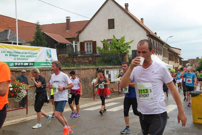 11 ème édition du Marathon du Vignoble d'Alsace et son passage à Wangen le 21 juin 2015 Img_8228