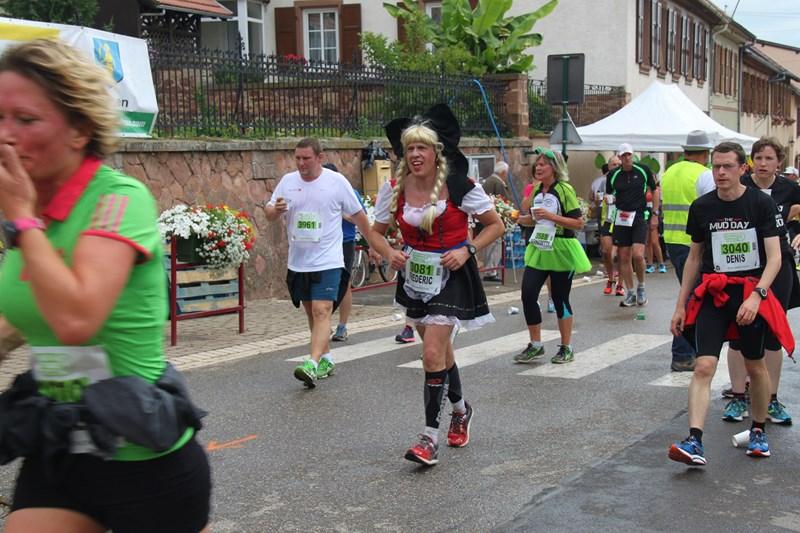 11 ème édition du Marathon du Vignoble d'Alsace et son passage à Wangen le 21 juin 2015 Img_8230