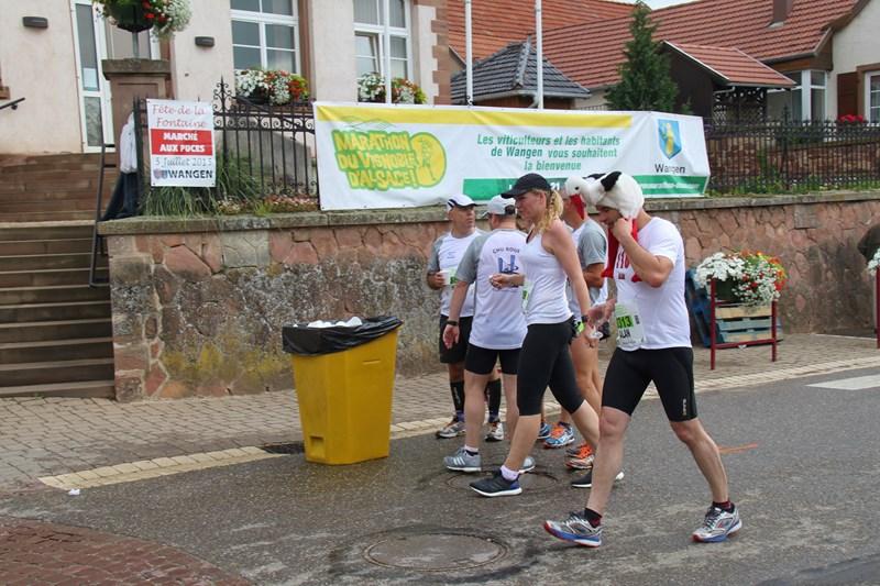 11 ème édition du Marathon du Vignoble d'Alsace et son passage à Wangen le 21 juin 2015 Img_8235