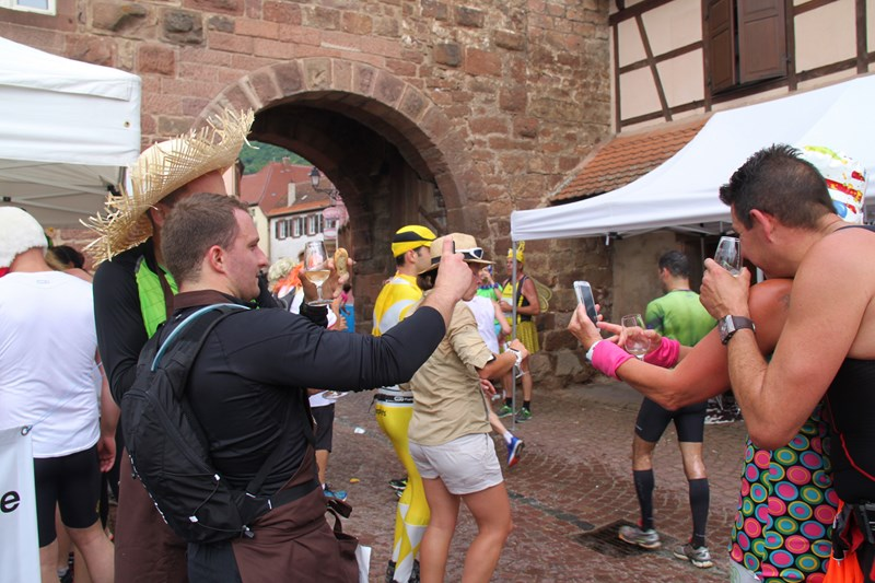11 ème édition du Marathon du Vignoble d'Alsace et son passage à Wangen le 21 juin 2015 Img_8237